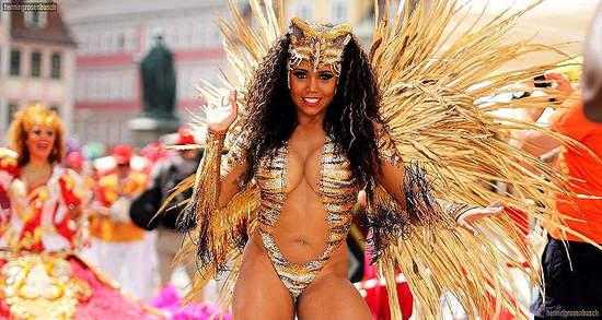 Samba-Festival in Coburg 2016 Bildherkunft: Offizielle Website: www.samba-festival.de